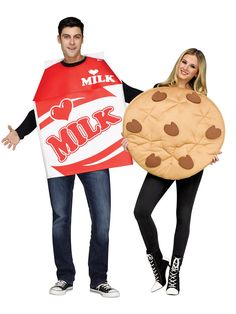 """50 Couples Halloween Costume Ideas - dress up with an adorable couples costume for you and your """"boo!"""" So many his and her Couples Halloween Costumes! Halloween Party Kostüm, Halloween School Treats, Halloween Costume Contest, Halloween Party Costumes, Costume Ideas, Halloween Ideas, Halloween Stuff, Halloween 2017, Halloween Outfits"""