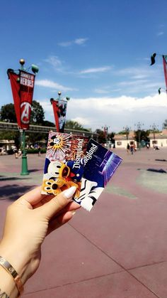 I can't wait for this day, for this dream come true. Disneyland Tickets, Disney World Tickets, Disneyland Photos, Disney Love, Disney Magic, Walt Disney, Park Pictures, Disney Pictures, Disney Parque