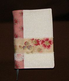 Fabric Bible Cover, Rose Quartz, Quilted Lining, Three-ribbon bookmark, Lace, Gift Idea, Fits Standard NWT, Victorian, Vintage Beauty