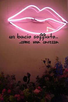 Nero come la notte dolce come l'amore caldo come l'inferno: Un bacio soffiato, come una carezza. L.B.©