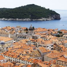 """Those who search for paradise on earth should come and see Dubrovnik."" — George Bernard Shaw"