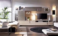 Salón moderno en tonos marrones. Aporta calidez al hogar con muebles sencillos y elegantes
