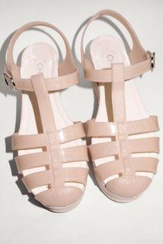 25c1e8512e4 74 Best Jelly Sandals images