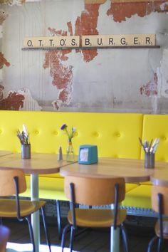 Porridge, Pancakes, Breakfast-Burger und köstlicher Kaffee - alles gibt's jetzt zum Frühstück bei Ottos Burger in Hamburg!
