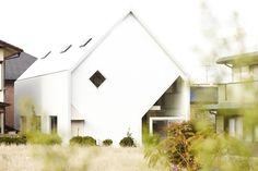 House H for a familyHiroyuki Shinozaki & Associates, Architects   篠崎弘之建築設計事務所