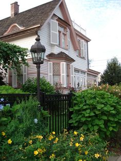Voelker Orth Museum - Bird Sanctuary and Victorian Garden. $2 suggested donation. Tours and special events. In Flushing.