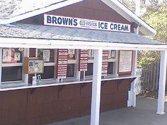 Brown's Ice Cream on the Nub, York Maine