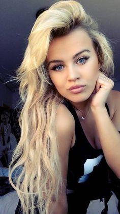 Love messy grungy blonde long beach hair!!! Ugh