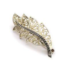 Deze vintage broche met markasiet vind je bij Aurora Patina, de leukste sieraden webshop van Nederland!