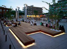 Plaza Decking / Bench