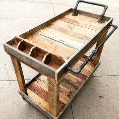 Grand Boulevard End Table pallet kitchen cart idea The post Grand Boulevard End Table appeared first on Pallet Ideas. Wood Pallet Recycling, Wooden Pallet Projects, Wooden Pallet Furniture, Pallet Ideas, Pallet Designs, Projects With Wood, Pine Wood Furniture, Custom Wood Furniture, Pallet Crafts