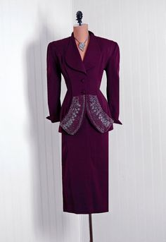 Take the beads and such off the front and this is a perfect suit. I love Lille Ann, please come back.