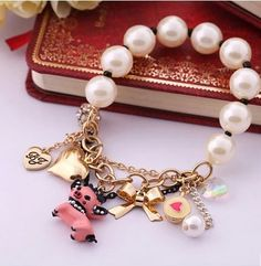 Cute Ivory Pearl Bracelet With Pig Pendant
