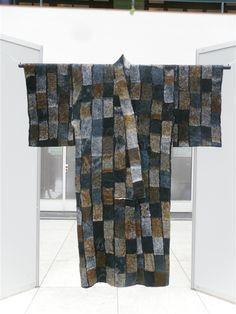 UDSTILLINGER - www.art-to-wear.dk