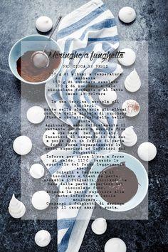 Grapefruit and poppy seed angel cake with white frosting and meringue mushrooms - Angel cake, torta di albumi al pompelmo rosa e semi di papavero con funghetti di meringa