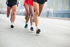 Se préparer à courir des dizaines de kilomètres, ça laisse des traces.