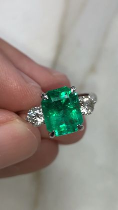 Does anyone remember this 3 from a few days ago Well we decided to set it in this fabulous three stone ring Jumbo diamonds act as the perfect compliment to the emerald Set in white gold and available Under DM to purchase or to put on hold Rose Gold Engagement Ring, Diamond Wedding Rings, Engagement Ring Settings, Emerald Jewelry, Emerald Ring Design, Green Emerald Ring, Emerald Rings, Colombian Emeralds, Dream Ring