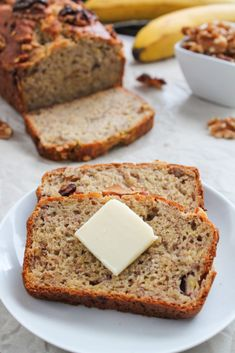 After years of experimentation with gluten-free flours, I present to you the most perfect gluten-free banana bread. A slight crunch on the outside, and soft on the inside. The most perfect texture and you would never know it's gluten-free! Gluten Free Kids Snacks, Gluten Free Quick Bread, Gluten Free Crackers, Gluten Free Banana Bread, Gluten Free Recipes For Breakfast, Gluten Free Breakfasts, Bread Recipes, Baking Recipes, Snack Recipes