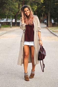 trendy_taste-look-outfit-street_style-ootd-blog-blogger-fashion_spain-moda_españa-boho-hippie-gabardina-botines_camperos-booties-gabardina-raincoat-burgundy_bag-zara-10
