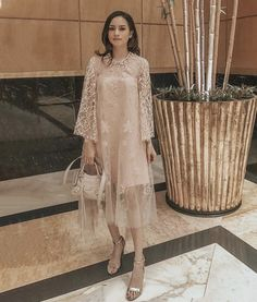 Source by joanyoseveen brokat Dress Brukat, Night Gown Dress, Hijab Dress Party, Batik Dress, Dress Outfits, Lace Dress, Fashion Dresses, Kebaya Lace, Kebaya Dress