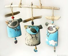 Wind chimes – bell, bell set N ° ceramic bell – a unique product by beckkeramik on DaWanda Source by clairegateau Pottery Gifts, Pottery Tools, Handmade Pottery, Ceramic Birds, Ceramic Pottery, Ceramic Clay, Ceramic Jewelry, Clay Jewelry, Pottery Designs