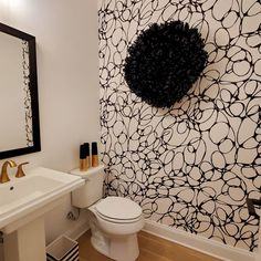 Beautiful abstract bathroom decoration, Graphic Designer Madness removable wallpaper, humid proof fabric works great in a bathroom or kitchen decor #bathroomdecor #decorideas #decorating #wallpaper #wallmural #peelandstick #removable #blackandwhite #diydecor #makeover #homeideas #diyidea