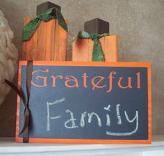 DIY Grateful Thanksgiving Sign using Chalkboard Vinyl
