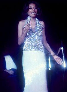 Diana Ross Diana Ross, Las Vegas, Tracee Ellis Ross, Darren Criss, People Magazine, Sabrina Carpenter, Prom Dresses, Formal Dresses, Jennifer Garner