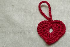 occasionalcrafter:  Last minute Christmas crochet! Pretty quick, and a nice pattern…