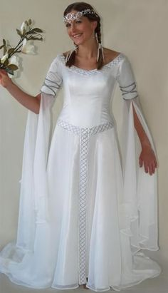 Celtic Wedding Dresses - If it ever happens again.. I'd love something similar to this..