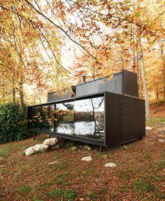 total cool energieautark wohnen dieses haus auf r dern. Black Bedroom Furniture Sets. Home Design Ideas