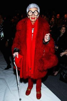 Here she is wearing all red everything and a cane. | 17 Photos That Prove This 91-Year-Old Woman Dresses Better Than You