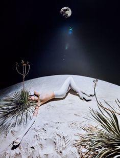 Aida Blue by Txema Yeste for Numero November 2017 Tim Walker, Shoot The Moon, Photo D Art, Fashion Photography Inspiration, Photoshop, Grafik Design, Alfred Stieglitz, Photojournalism, Fashion Shoot