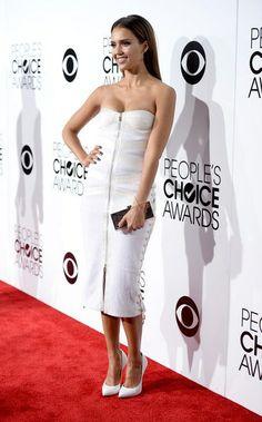 'People's Choice Awards 2014′… Jessica Alba. | Ángel Guardián de la Moda. http://angelguardiandelamoda.wordpress.com/2014/01/10/peoples-choice-awards-2014-jessica-alba/