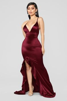 Shop formal dresses for women and find the perfect gown for your next evening out. Choose from of special occasion dresses and glamorous gowns for homecoming, prom, weddings and more. Satin Dresses, Sequin Dress, Sexy Dresses, Dresses For Work, Formal Dresses, Long Dresses, Fashion Nova Prom Dresses, Dress Fashion, Fashion Outfits