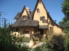 365 los angeles: #173: Storybook Houses of L.A.