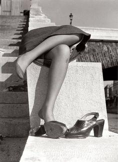 Izis Bidermanas, Sur les quais de la Seine, Petit Pont, 1950