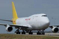 DHL / Kalitta Boeing 747 freighter pic.twitter.com/w9uakgKaHx