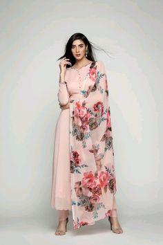 Adorable Straight plain Salwar suit with Digital printed dupatta Dress Indian Style, Indian Fashion Dresses, Indian Gowns, Kurta Designs Women, Salwar Designs, Ethnic Outfits, Indian Outfits, Indian Attire, Indian Wear