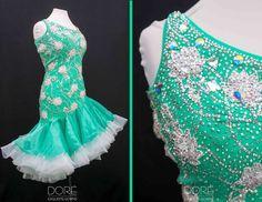 Green Standard w/ White Appliques & Layered Organza Skirt w/ White Horse Hair