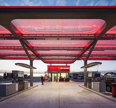 2016 IALD Award Winners Excellence + Sustainability Award: CESPA Flag Petrol Station By AUREOLIGHTING : illumni – The World Of Creative Lighting Design