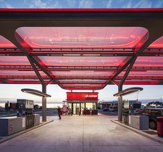 2016 IALD Award Winners Excellence + Sustainability Award: CESPA Flag Petrol Station By AUREOLIGHTING : illumni – The World Of Creative Lighting Design