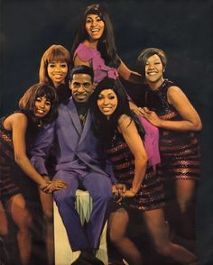 The Ikettes: Pat Powdrill, Jean Brown, Ann Thomas and Paulette Parker Ike And Tina Turner, Will Turner, Clarksdale Mississippi, Vintage Black Glamour, Female Singers, Rock And Roll, Tina Tina, Ann, Rock Stars