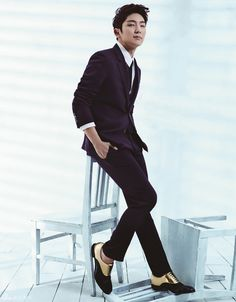 Lee Jun Ki - Harper's Bazaar Magazine April Issue '14