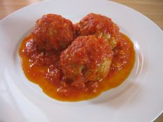 """Italians in Italy really don't do the whole """"spaghetti and meatballs"""" thing–and if they do, the meatball is huge and served as a second dish after the pasta. Meatball Recipes, Beef Recipes, Cooking Recipes, Cooking 101, Pasta Recipes, Dinner Recipes, Healthy Recipes, Italian Dishes, Italian Recipes"""