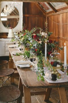 Rustic barn wedding tablescape | Sweet Events Photography | see more on: http://burnettsboards.com/2015/01/lavish-rustic-midwinter-wedding/