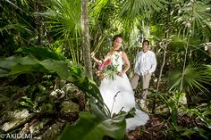 Wedding Ceremony at Cenote セノーテ ウエディング AkiDemi Photography www.akidemi.com