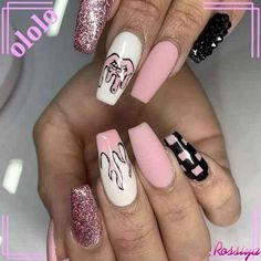Summer Acrylic Coffin Nails Art Ideas For You - Nail Art Connect Summer manicures need a variety of colors. Coffin nails have always been the nail style for trendy girls because of Edgy Nails, Grunge Nails, Stylish Nails, Trendy Nails, Swag Nails, Pink Nails, Cute Nails, Edgy Nail Art, Cool Nail Art