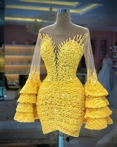 Vintage Party Dresses, Glam Dresses, Event Dresses, Pretty Dresses, Beautiful Dresses, Short Dresses, Dress Vintage, Yellow Homecoming Dresses, Lace Gown Styles