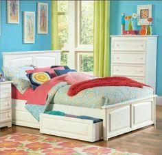 Colorfull bedroom decor